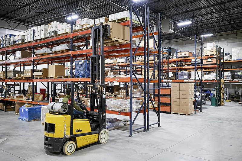 cardinal components offers warehousing and storage services in milwaukee, wisconsin